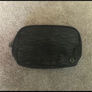 Lululemon Everywhere Belt Bag NWT